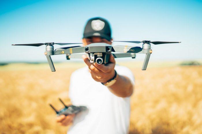 Dron je moderní hračka pro děti i dospělé